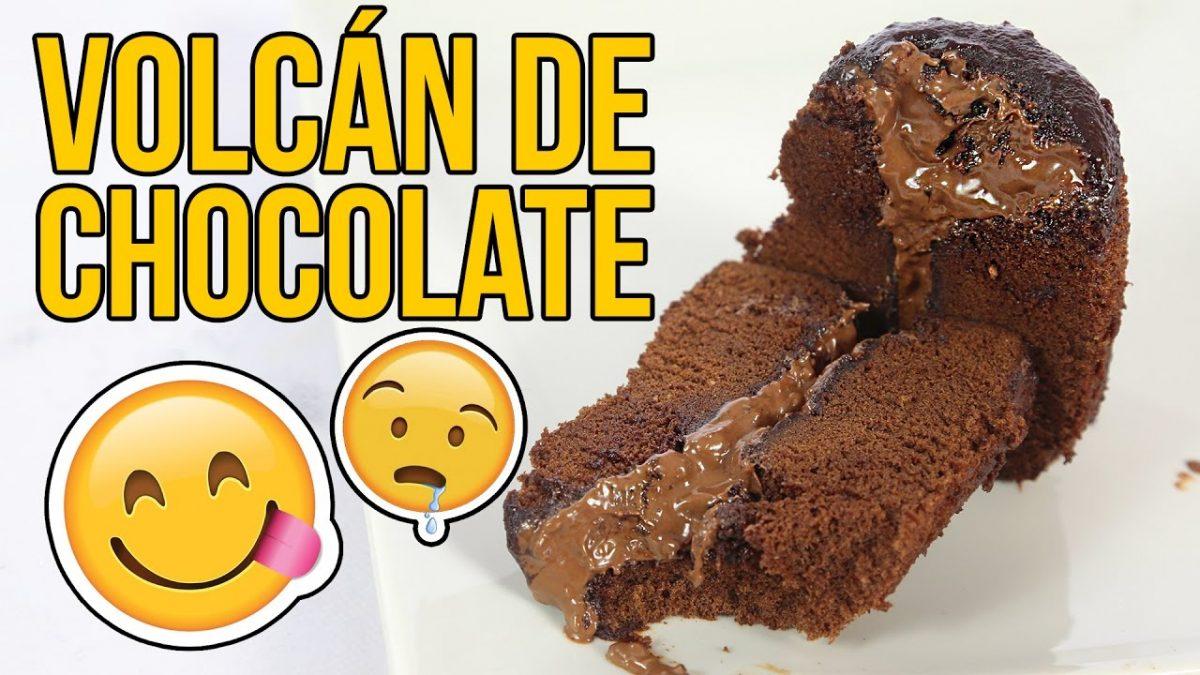 Cómo hacer un increíble VOLCÁN de CHOCOLATE - Experimentando en la Cocina