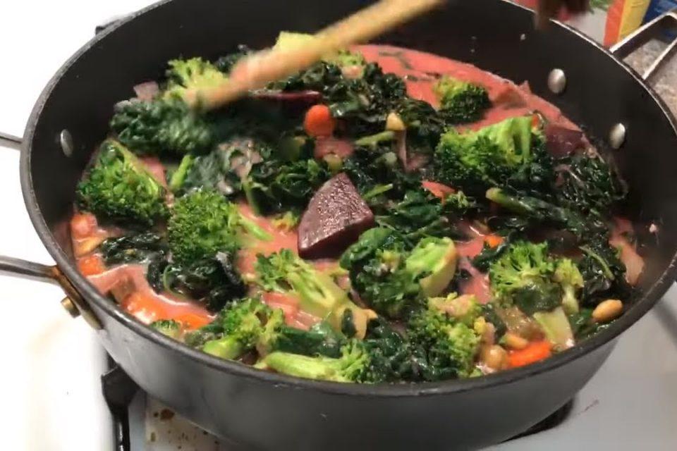 La mejor sopa verde  que vas a comer en tu vida. Comida para perder peso y bajar el colesterol