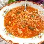 Saludable Sopa de Fideo con Verduras