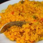 Arroz con pollo y verduras de temporada en la olla GM | Javier Romero