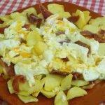 Cómo hacer unos deliciosos huevos estrellados de forma muy fácil
