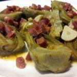 Cómo hacer alcachofas estofadas, al estilo de Mariaje.
