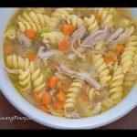 Receta de sopa de pollo con fideos | Cómo cocinar sopas de pollo »Wiki Ùtil Panlasang Pinoy