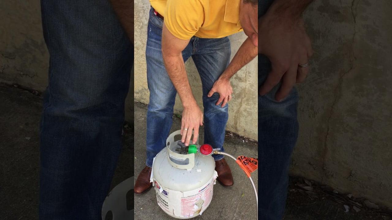 Cómo usar un quemador y regulador de paella