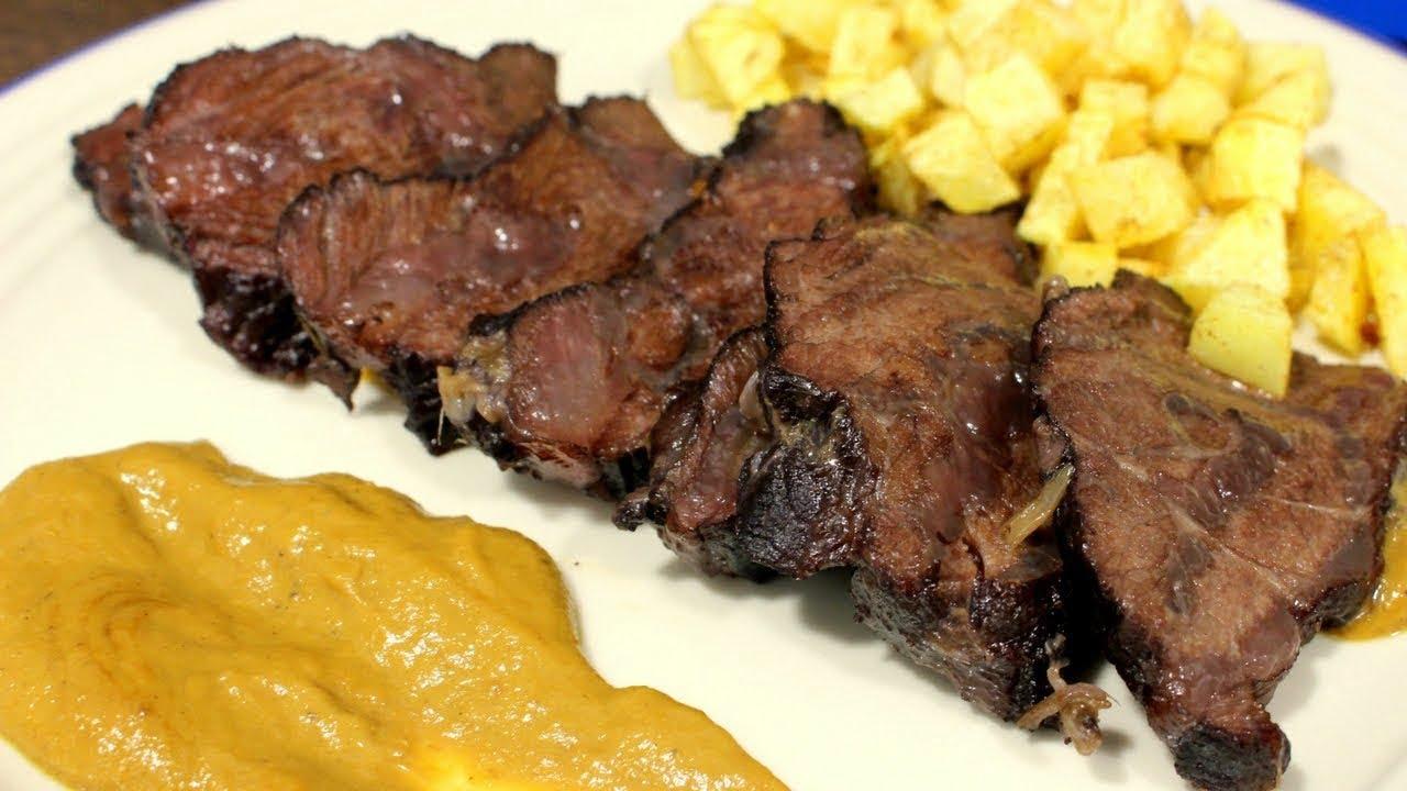Carrilleras de ternera en salsa de vino, receta facil y con un sabor ¡ESPECTACULAR!