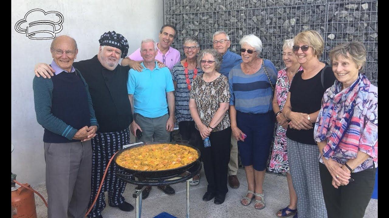 Como hacer una paella para celebrar con amigos el día mundial de la paella