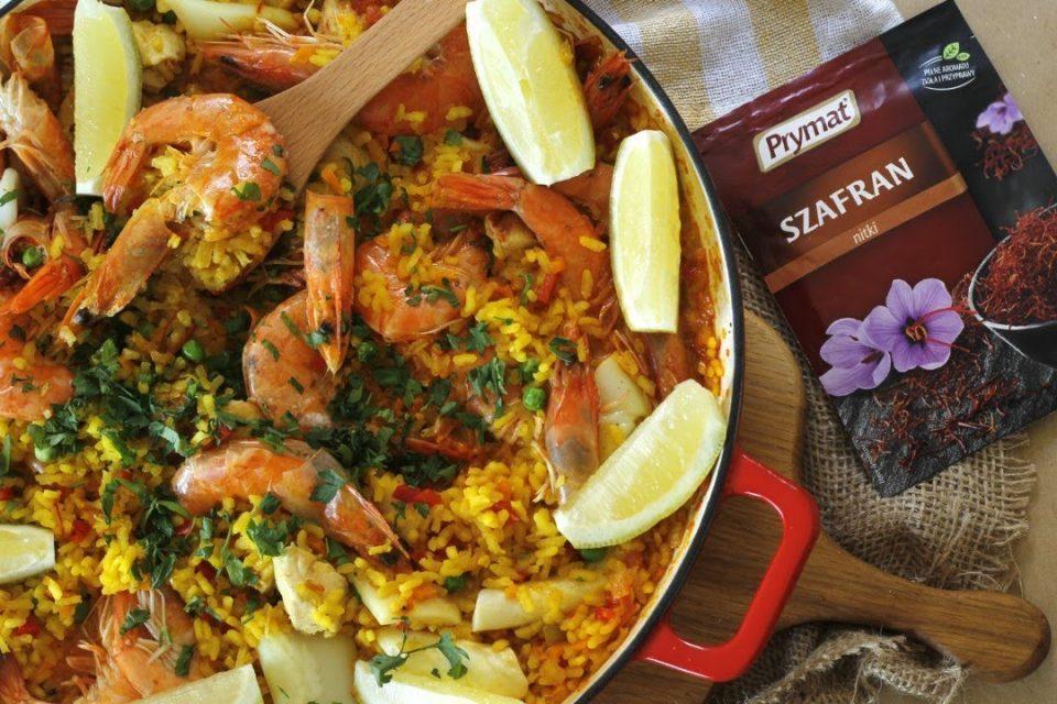 Para cenar: paella con marisco y pollo