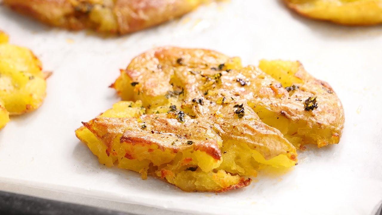 Patatas al Puñetazo | Ideales como Guarnición para Carnes o Pescados