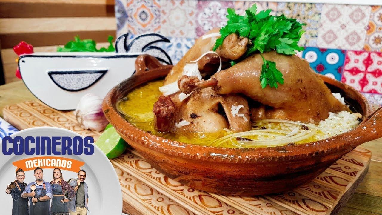 Receta: Caldo de gallina   Cocineros Mexicanos