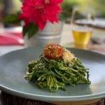 Spaghetti horneado con salsa cremosa de espinacas - Recetas de Navidad- Cocina con Conexión
