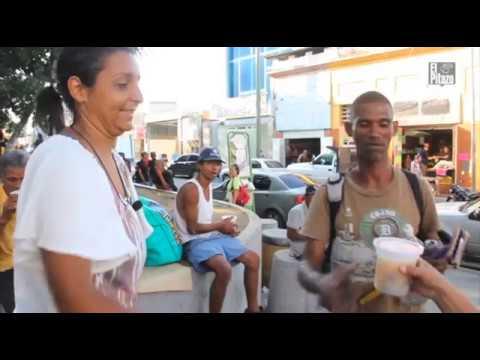 Una familia en Maiquetía brinda sopas a quienes comen de la basura