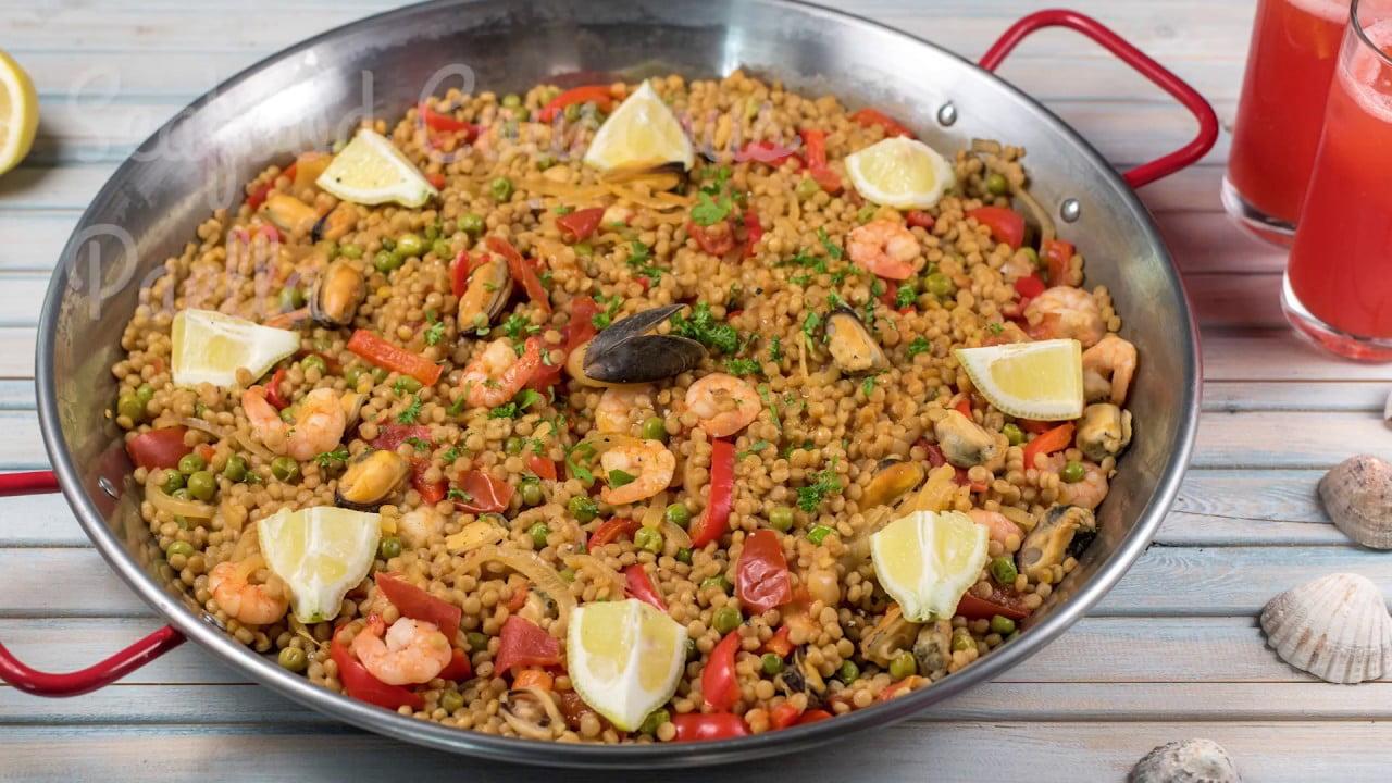 Paella de cuscús y mariscos   WCRF UK Recetas Saludables