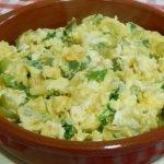 Cómo hacer huevos revueltos verdes una receta muy sabrosa con pocos ingredientes