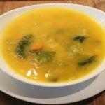 Sopa cremosa de col rizada | Receta muy fácil y saludable!