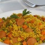 ARROZ con SALCHICHAS de POLLO |  Cómo hacer  arroz con salchicha de pollo, pavo o cerdo