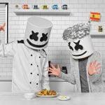 Marshmello y su abuela cocinan paella española | Cocinar con Marshmello