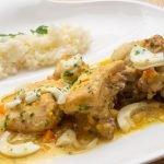 Pollo guisado con arroz blanco - Karlos Arguiñano