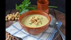 sopa o crema de garbanzos