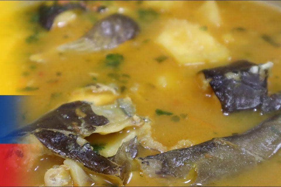 Sopa de pescado Colombiana