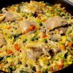 Arroz con Muslos de Pollo Receta Fácil