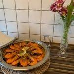 Paella mixta de marisco y pollo. Paella en ysarman had yazid. تحضير بايلا بطريقة اسبانية لذيذة