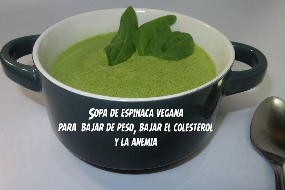 Sopa verde de espinacas y brocoli para perder peso, bajar el colesterol, anemia y osteoporosis