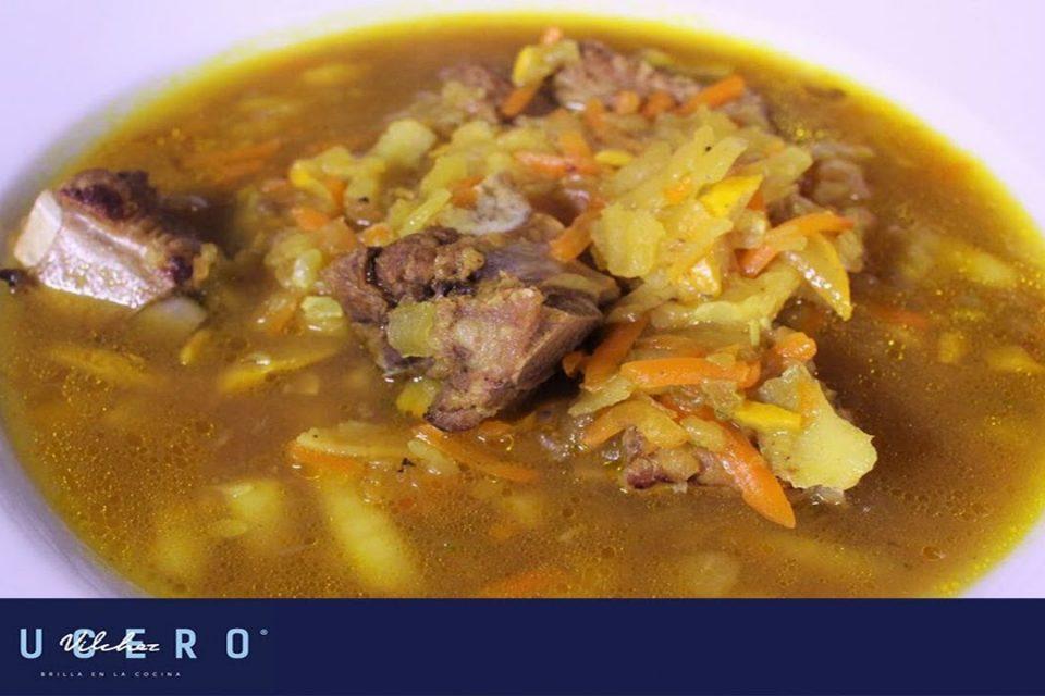 Cómo Preparar Una Sopa De Verduras Con Costillas De Cerdo, Andrés Trujillo - Lucer Vílchez Cocina