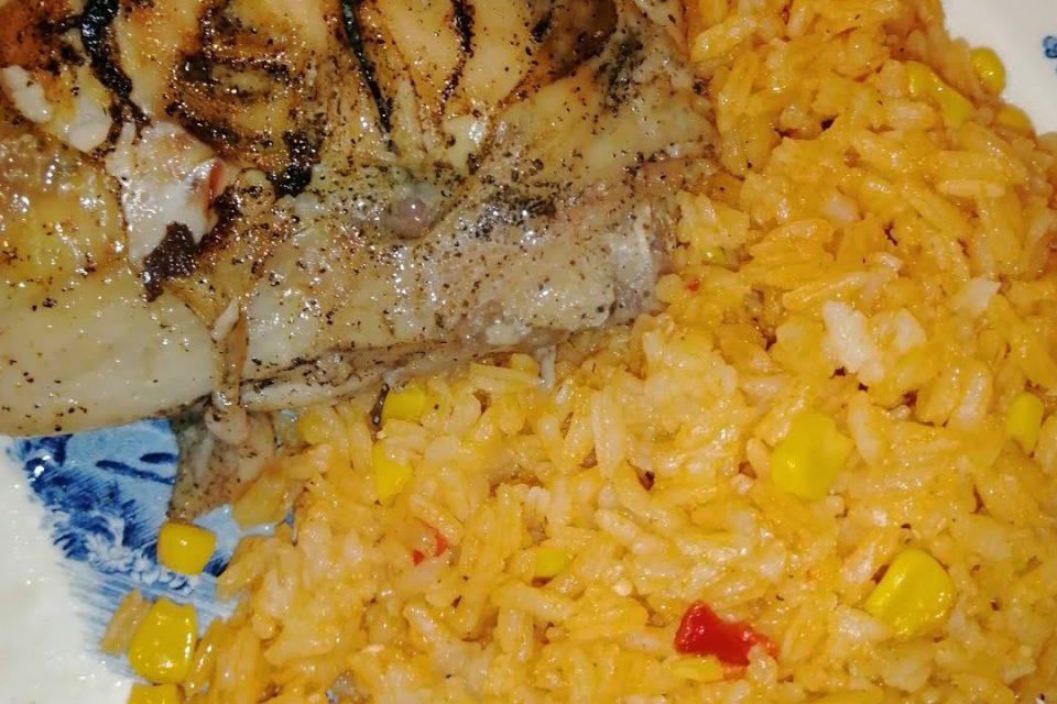 Como hacer arroz con maiz (rápido y fácil)