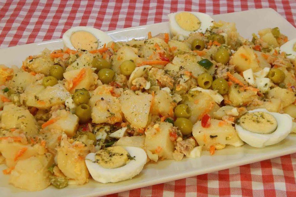 Ensalada de papas Mediterránea Receta fácil, sana y económica  (Cocina de aprovechamiento)