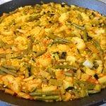 Paella de Verduras.  Receta fácil con trucos para un arroz sabroso y en su punto