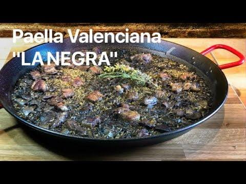 """PAELLA VALENCIANA """"LA NEGRA"""" Casa Arturos Paellas y Arroces"""