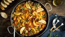 Paella de Mariscos y Carne