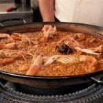 Paella de marisco con langostas y cigalas. Lobster rice