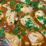 Piernitas de Pollo en Salsa Rico, Fácil y Rapido con pocos ingredientes, con un Arroz con Vegetales