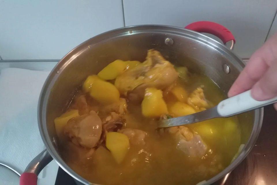 #Arroz con pollo y patatas