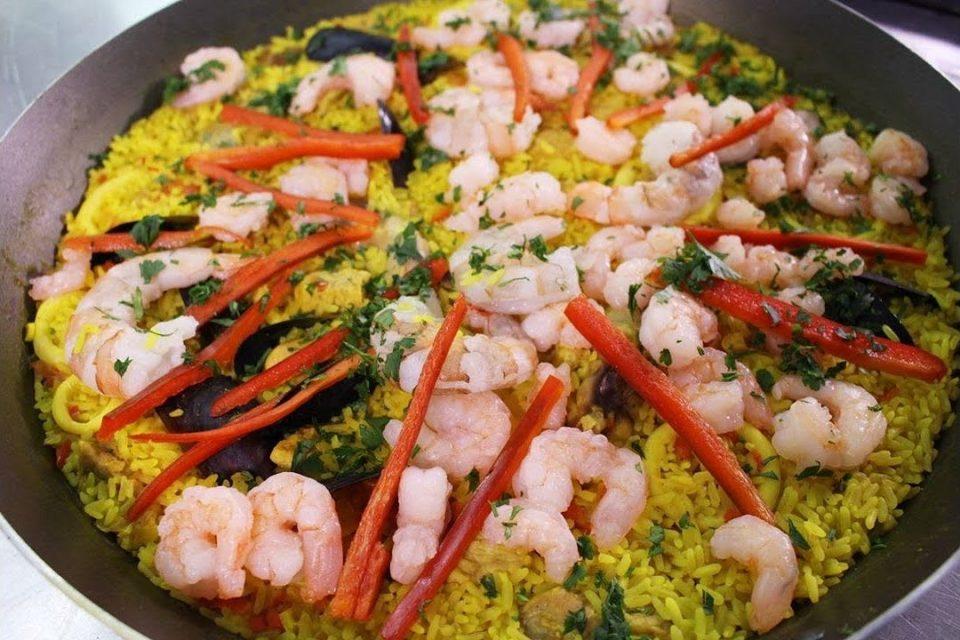 Cómo Preparar Paella Mixta, Juan Esteban Herrera - Lucero Vílchez Cocina