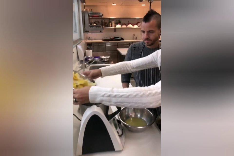 Dabiz Muñoz - Paella de Fideos y Mejillones en Escabeche | Cristina Pedroche