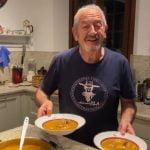 Karlos Arguiñano prepara la receta Sopa de pescado durante el confinamiento