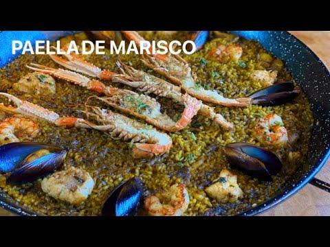 PAELLA DE MARISCO salmorreta negra receta recomendada Casa Arturos Paellas y Arroces