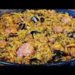 Paella de marisco a lo cubano ,a mi manera muy peculiar de hacerla te invito y lo vas a disfrutar !