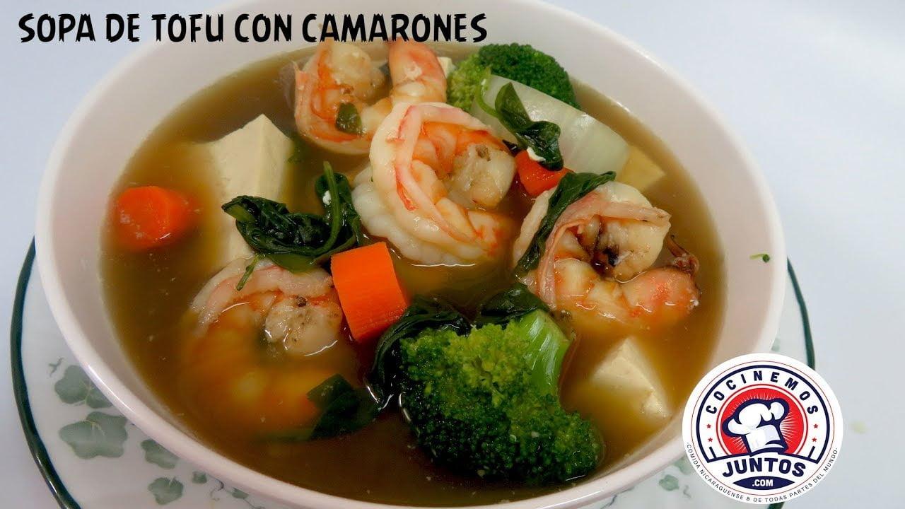 Sopa con camarones, tofu y espinacas -  Comida China