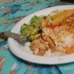 Arroz con pollo 🇨🇴 avocado and salad, Delicioso