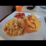 Arroz con pollo with pico de gallo // AND Homemade tortilla chips !! (Rice and chicken)