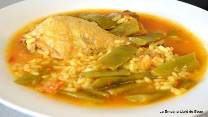 Arroz Caldoso de Pollo  Receta Tradicional Muy Fácil y con pocos Ingredientes