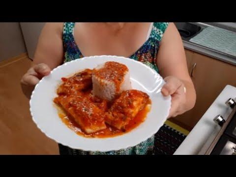 Bacalao con salsa de tomate natural, acompañado con arroz
