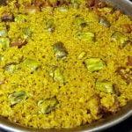 Cómo hacer arroz seco con costillas y alcachofas, al estilo de Mariaje