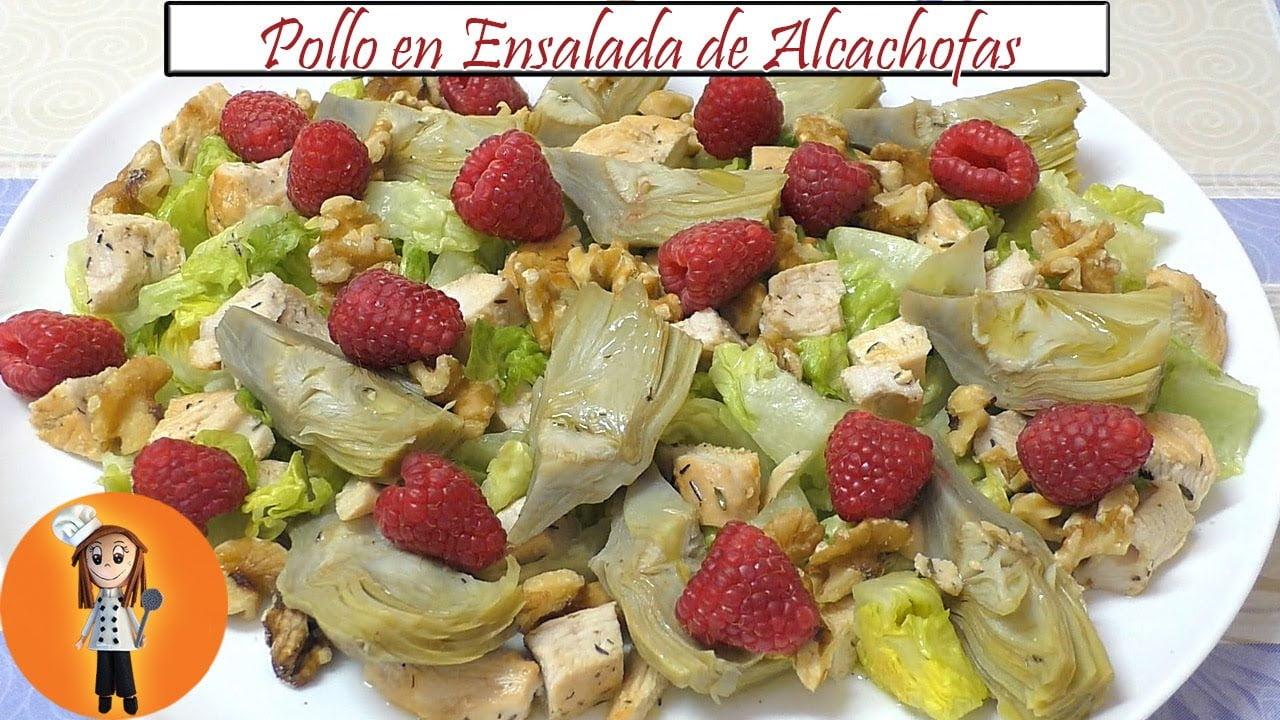 Pollo en Ensalada de Alcachofas y Nueces | Receta de Cocina en Familia