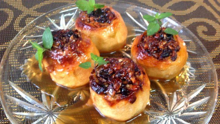 MANZANAS ASADAS CON NUECES Y PASAS | Recetas de Cocina