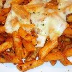 Macarrones con salsa de tomate y carne - Como hacer macarrones con carne y queso. Loli Domínguez