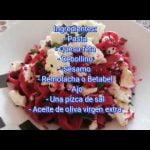 Comida sana, practica y de fácil elaboración Pasta con salsa de remolacha y queso feta